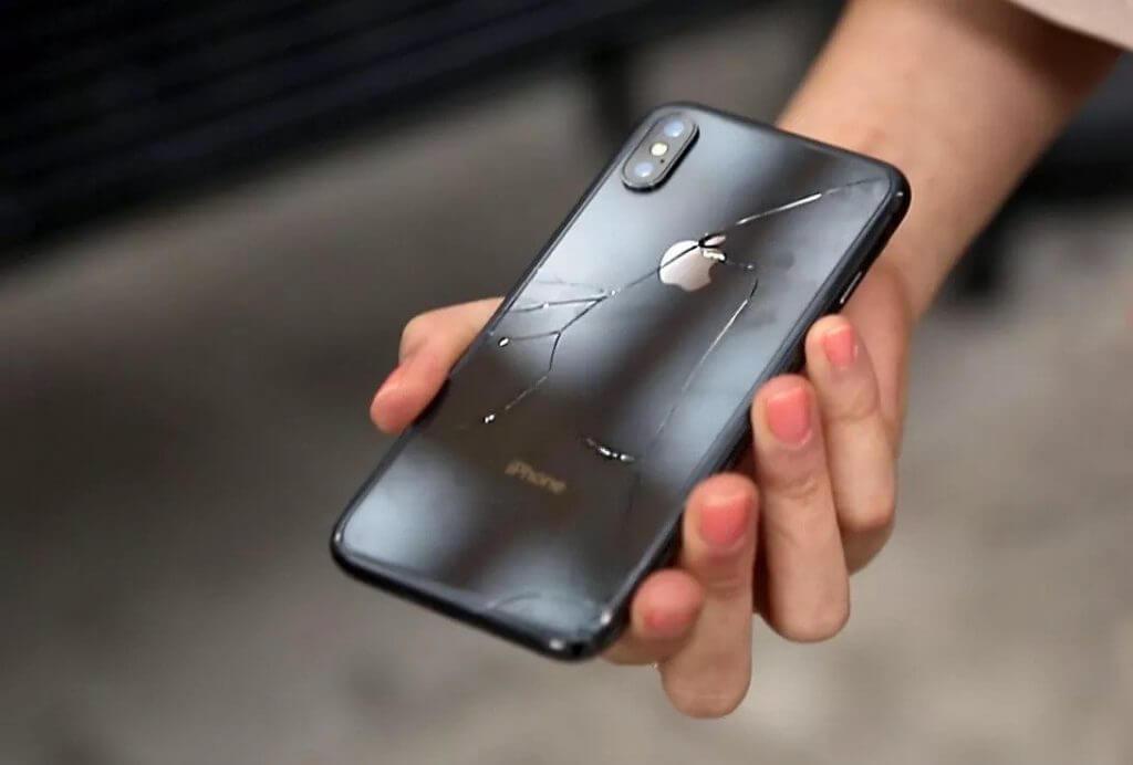 iPhone galinio stiklo keitimas