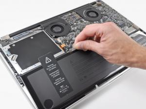Macbook baterijos gedimo priezastys